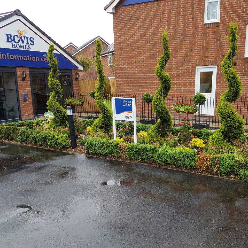 Sales complex and show garden for Bovis Homes at Shinfield Meadows Development, Shinfield